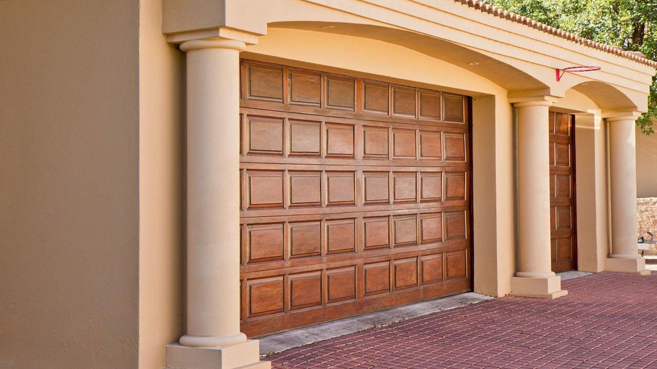 Garage Door Repair in Carson